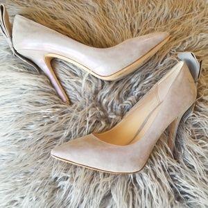 Beautiful bow Pelle Moda heels